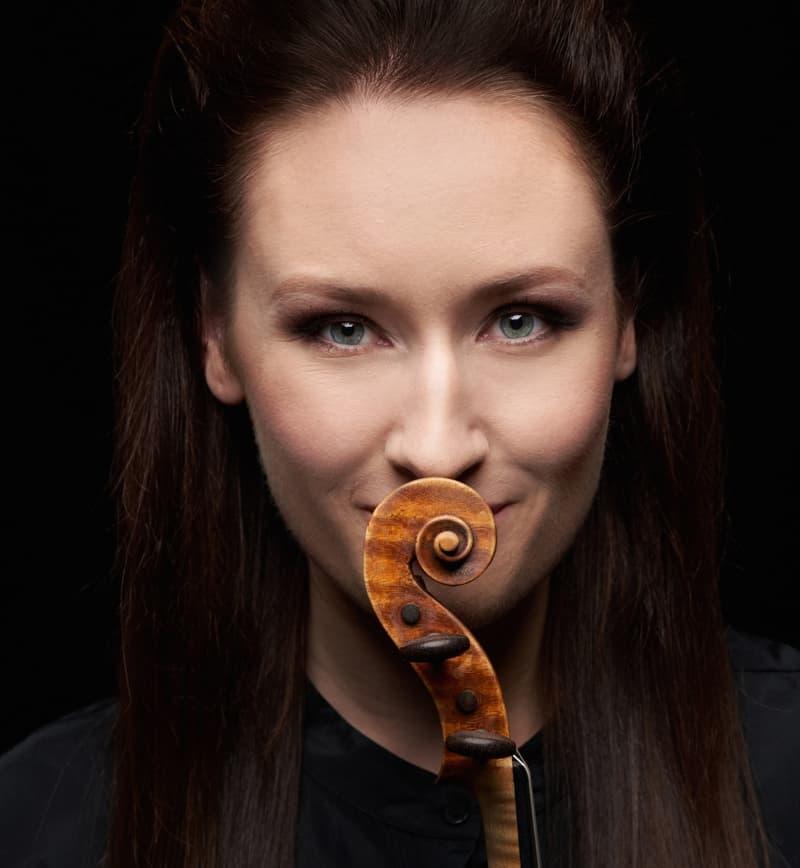 Ragenhild Hemsing (Hardangerfiedel & Violine)